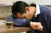 Первые симптомы алкогольного делирия. Методы снятия психоза