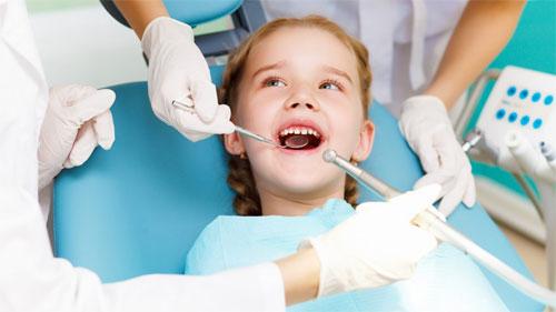 Лечение корневой системы молочных зубов