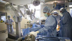 Простатэктомия роботом Да Винчи во Франции